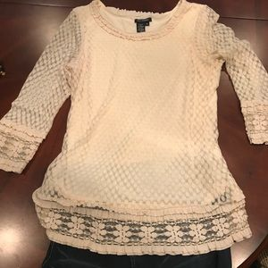 Lace sheer long lace sleeved Max Edition top